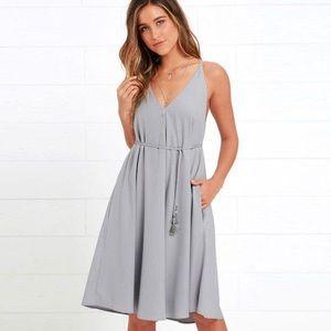 Lulu's Whoa Nelly Grey Midi Dress